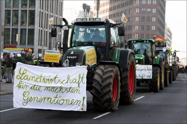 30.000 demonstrieren gegen Agrarindustrie und Massentierhaltung