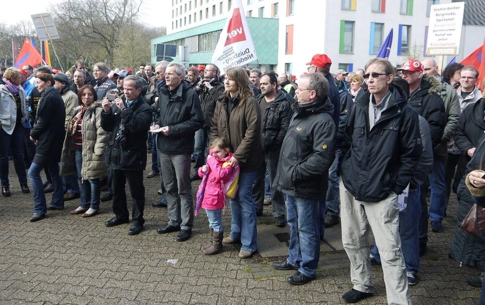 """""""Offensiv""""-Pressemitteilung zum heutigen Kampftag der Belegschaft"""