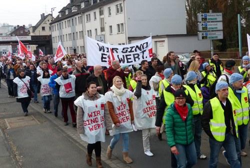 Hohe Streikbeteiligung im öffentlichen Dienst