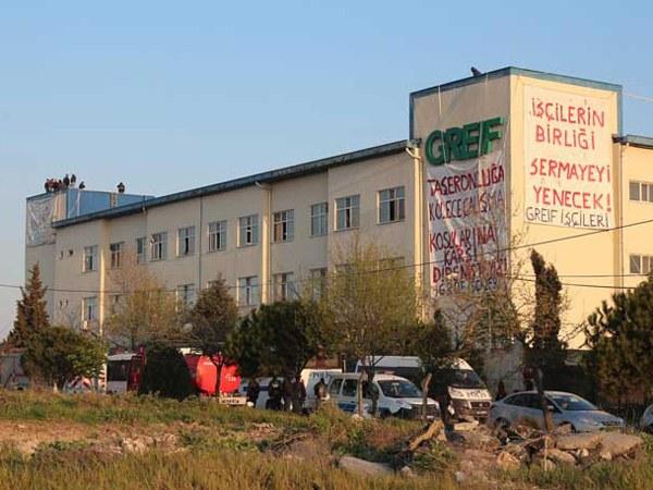 Brutaler Polizeiangriff auf streikende Greif-Arbeiter in Istanbul