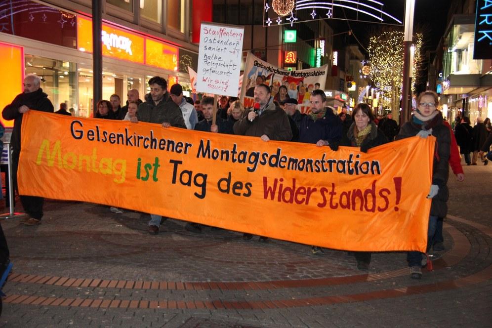 """Montagsdemo Gelsenkirchen grenzt sich eindeutig von der neuen """"Friedensbewegung"""" ab"""