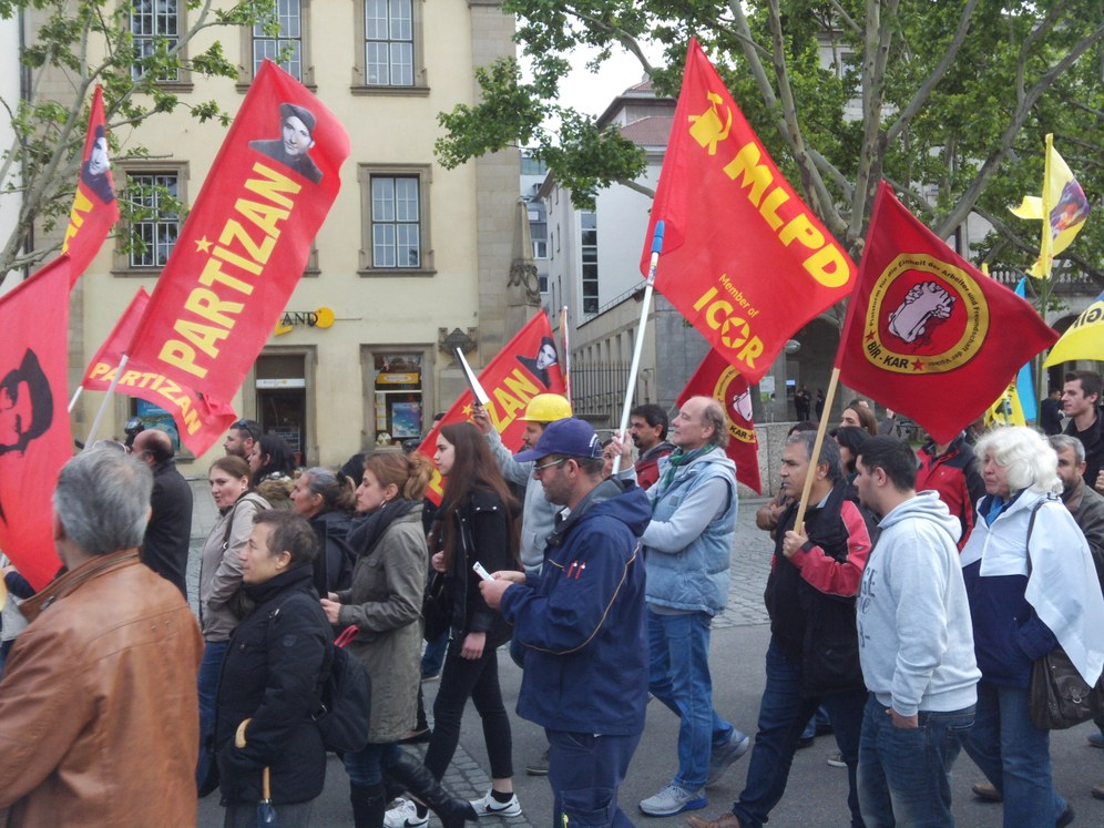 Stuttgart: 500 Menschen zeigen auf der Straße ihre Wut gegen Erdogan und die todbringende Profitgier der Bergwerksbesitzer
