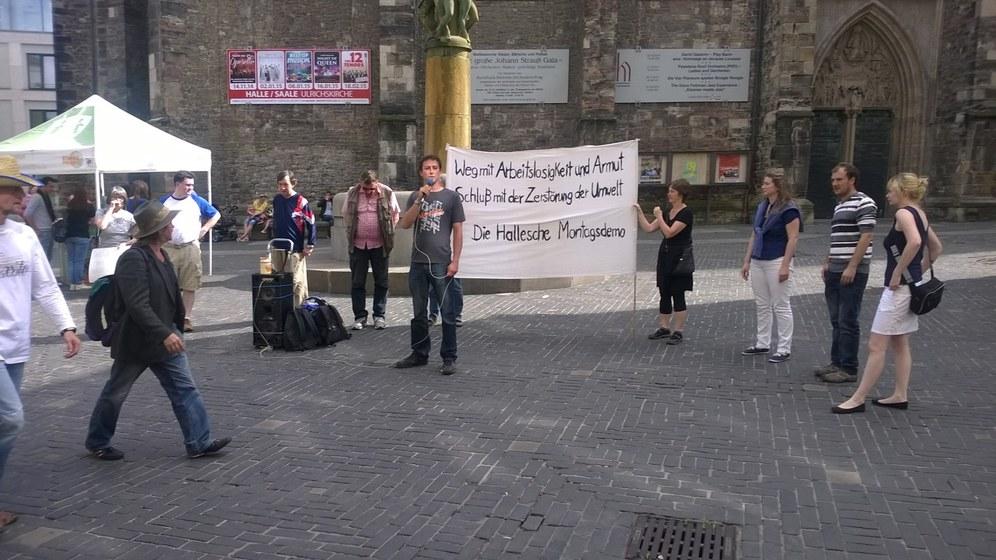 Montagsdemonstrationen zeigen Solidarität mit dem palästinensischen Widerstand