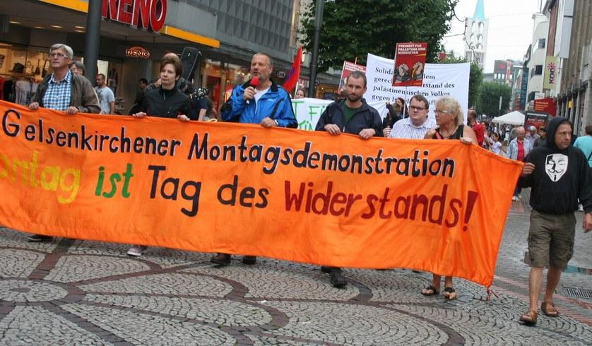 """Gelsenkirchener Montagsdemonstration fordert """"Ende des Kriegs gegen Gaza"""""""