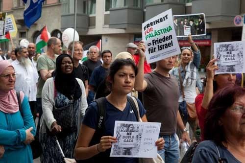Zahlreiche Proteste gegen den Krieg der israelischen Armee in Gaza