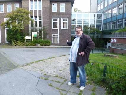 ARGE Gelsenkirchen will Arbeitslosen beibringen, wie lang ein Tag ist!
