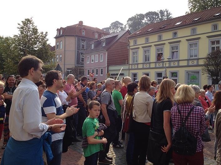 """Eisenach: 250 Antifaschisten protestieren gegen die Eröffnung des """"Braunen Hauses"""""""