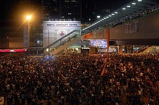 Die Hongkonger Lunte glimmt an der Südküste Chinas