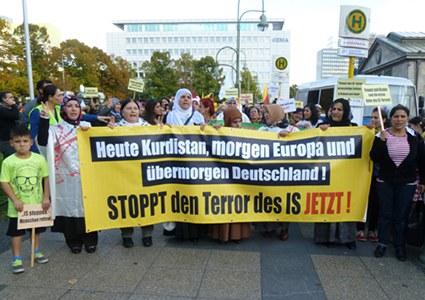 Mahnwache und Demonstrationen zur Solidarität mit dem kurdischen Freiheitskampf