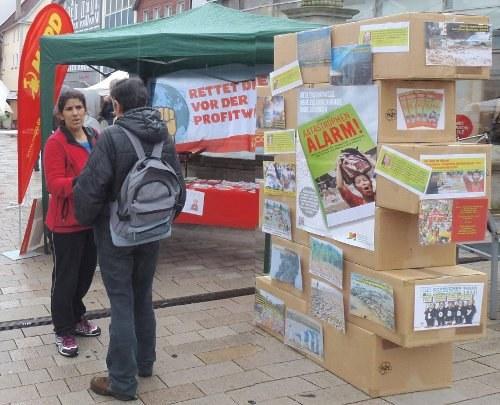 Tausende Menschen protestieren in Deutschland gegen Fracking und TTIP/CETA