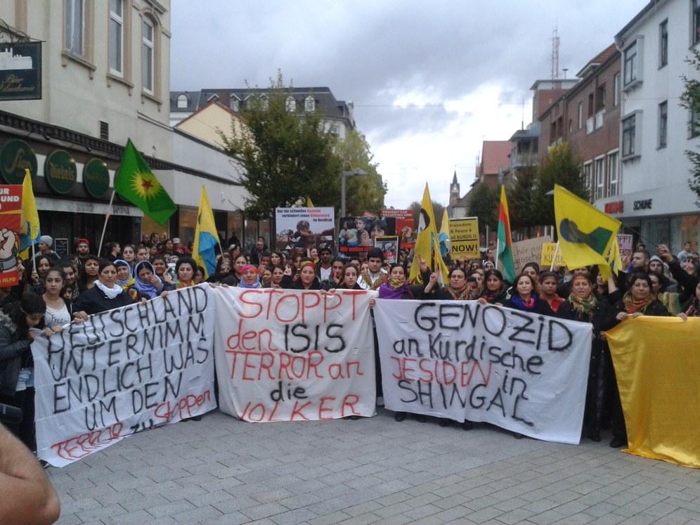 400-fache Solidarität für Kobanê in Wilhelmshaven
