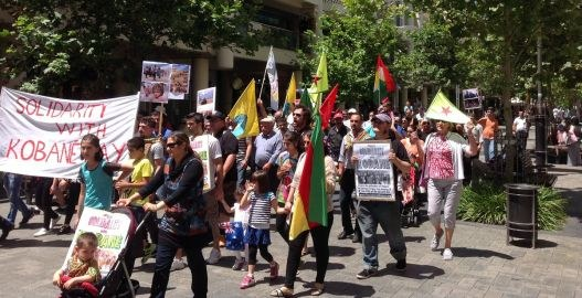 Weltweiter Aktionstag mit dem heldenhaften Kampf in Kobanê