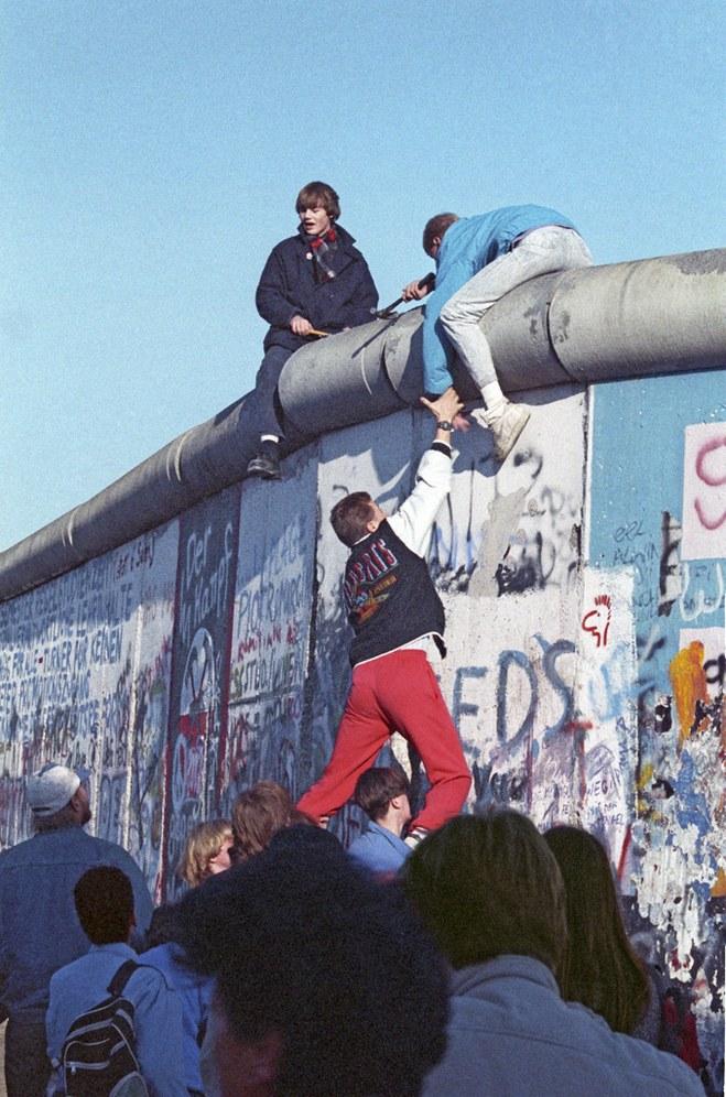 """25 Jahre Mauerfall: Der unaufhaltsame """"Drang nach Freiheit"""" ..."""