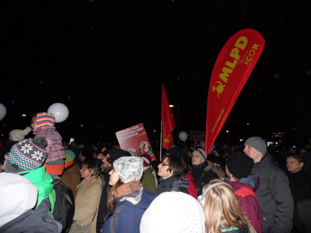 """Gegen PEGIDA: 10.000 Menschen bei """"Dresden für alle"""""""