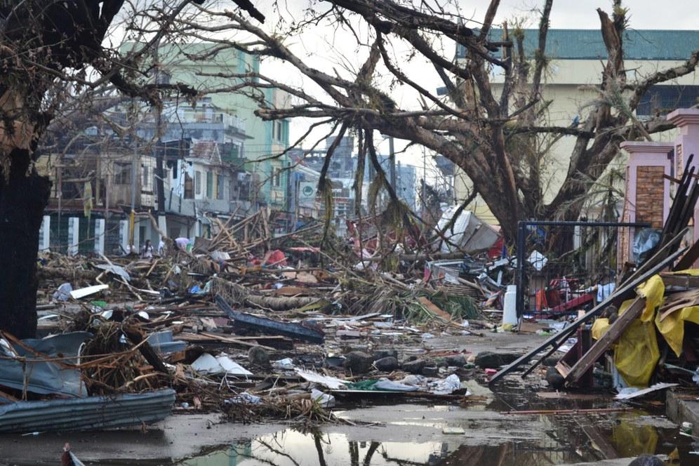Taifun zieht Schneise der Verwüstung durch Philippinen