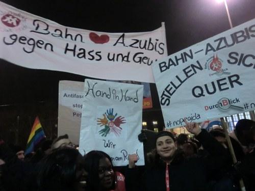 """""""Dügida"""" schwächelt - über 1.000 Gegendemonstranten"""