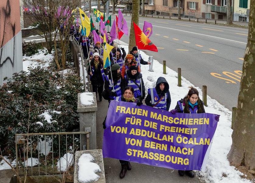 Kurdischer Sternmarsch zieht nach Straßburg