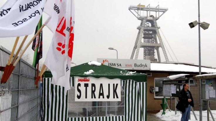 Polnische Bergarbeiter besetzen Zeche aus Protest gegen Polizeieinsatz