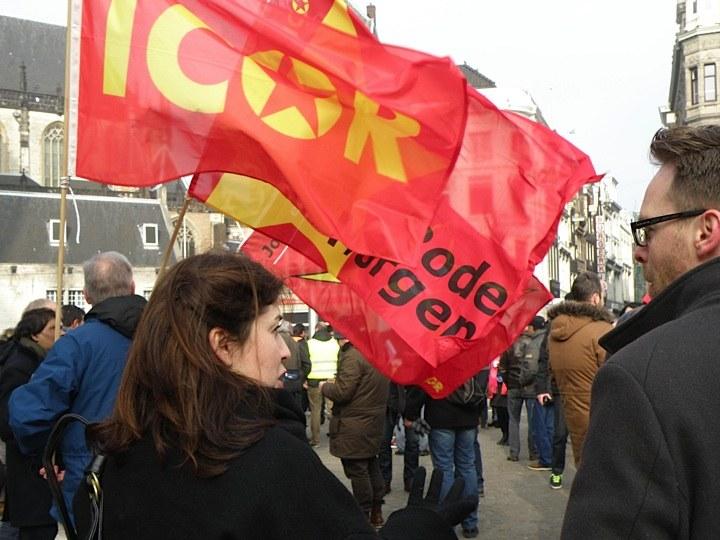 """Solidaritätsaktion in Amsterdam: """"Macht es wie die Griechen - sagt Nein zur Abwälzung der Krisenlasten!"""""""