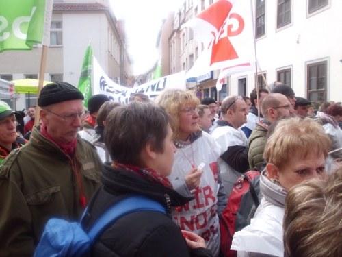 """Ver.di- und GEW-Streikversammlung in Jena: """"Die Sonne ist auch Gewerkschaftsmitglied"""""""