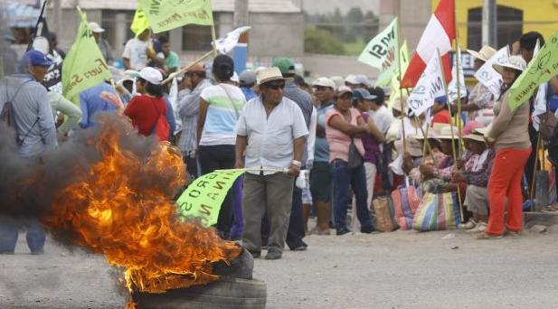 Peru: 4.000 Polizisten gegen Arbeiter- und Umweltkampf - fünf Arbeiter getötet