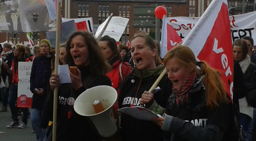 Hamburg: Bis zu 15.000 Demonstranten im Erziehungs- und Sozialdienst-Streik