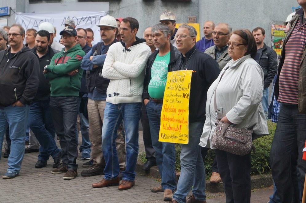 HSP-Belegschaft fährt nach Salzgitter - über 1.300 Kolleginnen und Kollegen demonstrieren