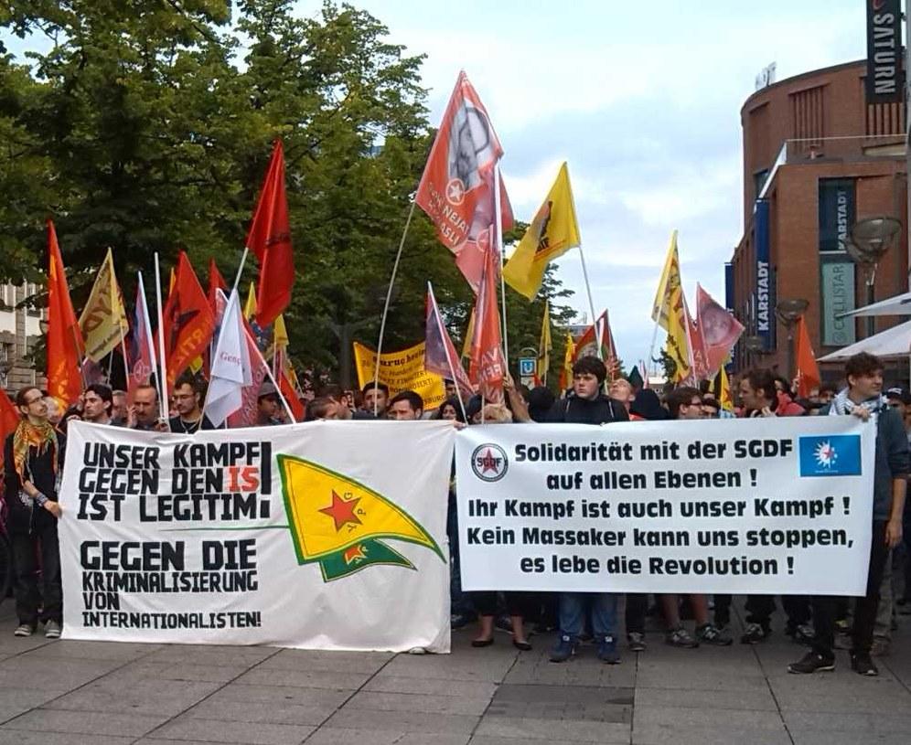 Hoch die internationale Solidarität!