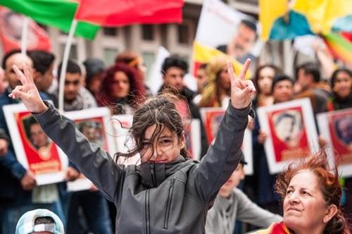 Schluss mit den Kriegshandlungen des türkischen Regimes gegen den kurdischen Befreiungskampf!