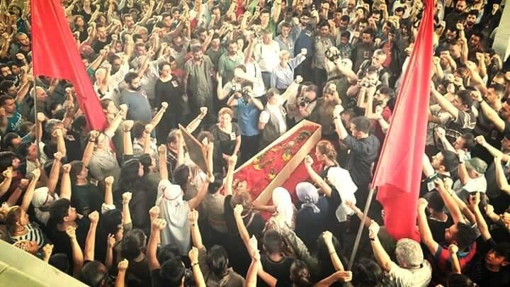 Polizei behindert würdevolle Beerdigung der ermordeten Günay Özarslan in Istanbul
