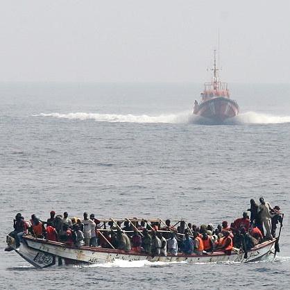 Über Mittelmeer und Ärmelkanal: Flucht mit tödlichem Risiko