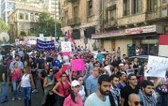"""""""Ihr stinkt!"""" - Massendemonstrationen gegen die Regierung im Libanon"""