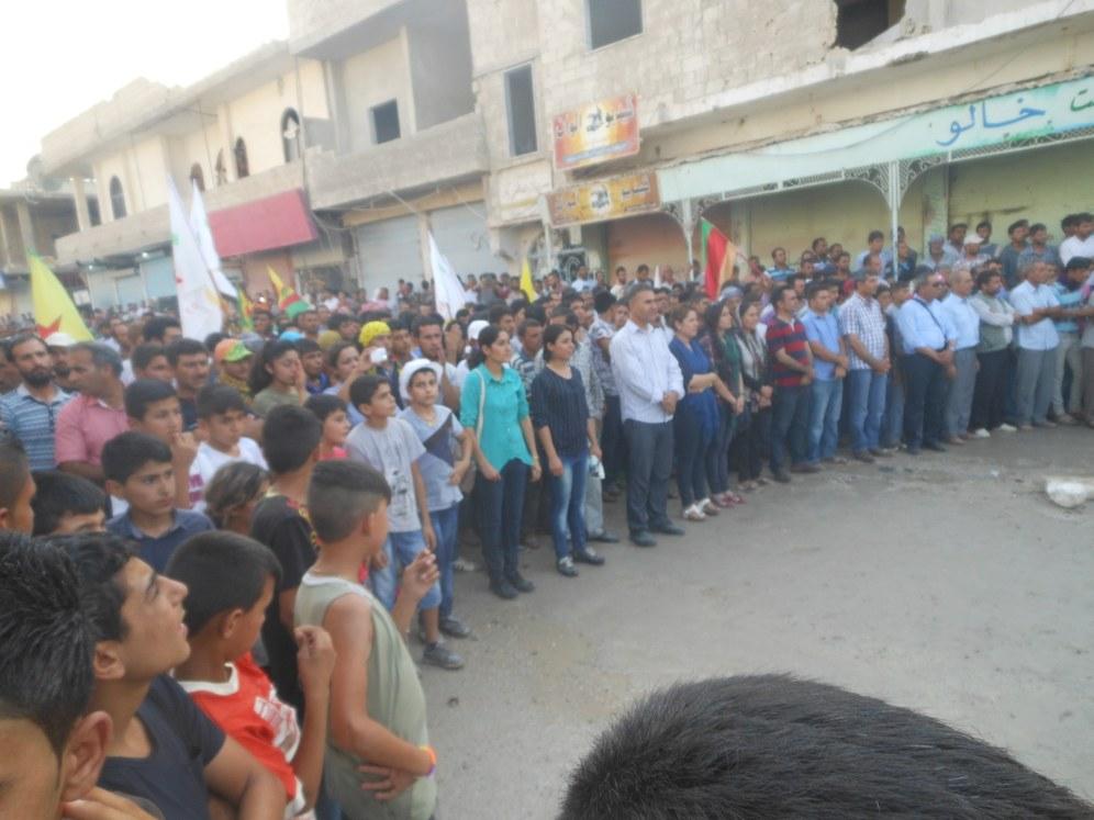 """Jahrestag des Überfalls auf Kobanê: """"Wir müssen alle aufstehen ..."""""""
