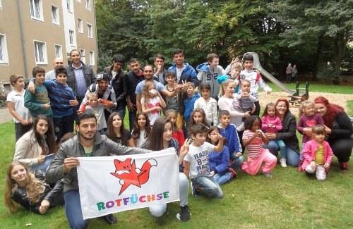 Leverkusen: Begeisterndes Willkommensfest des REBELL und der ROTFÜCHSE für Flüchtlinge