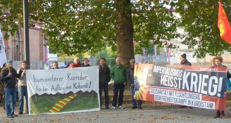 Berlin: Kundgebung vor dem Auswärtigen Amt