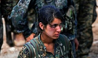 """Kurdische Volksverteidigungseinheiten und arabische Stämme weisen """"Amnesty""""-Desinformation zurück"""