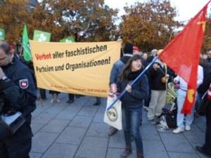 "Dresden: Mehr als 20.000 Menschen gegen ""Pegida"""