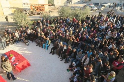 """Gesundheitszentrum von Kobanê feierlich übergeben: """"Kobanê braucht strahlende Häuser der Zukunft!"""""""