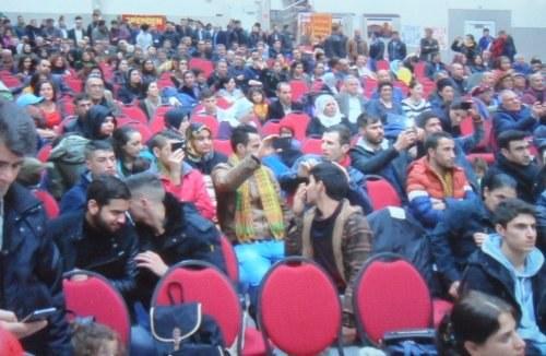 """Mannheim: 1000 Menschen auf der Großveranstaltung """"Solidarität mit Rojava"""""""