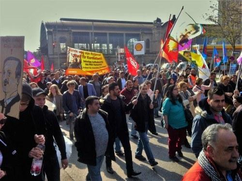 """Tausende sagen """"Nein"""" zu Aufmärschen türkischer Nationalisten und Faschisten"""