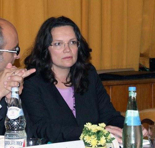 Hartz-IV-Diskriminierung von Alleinerziehenden und EU-Migranten