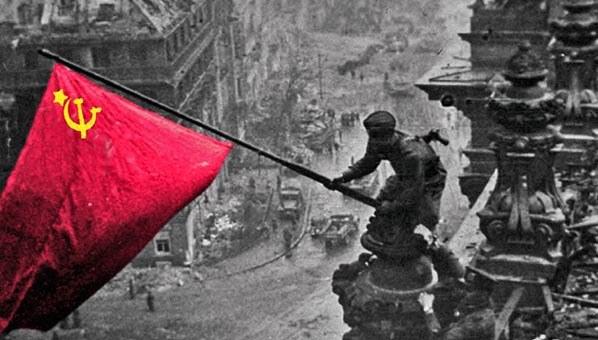 Berlin: Kundgebung zum Jahrestag der Befreiung vom Hitlerfaschismus