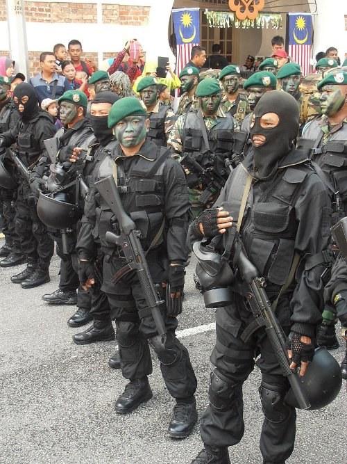 Die Friedensheuchler - deutsche Waffenexporte explodieren auf höchste Zahl in diesem Jahrhundert