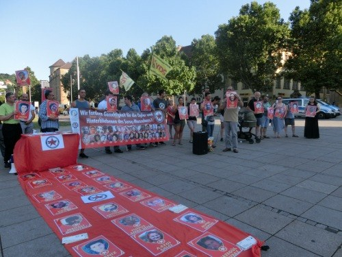 Kundgebung zum Jahrestag des Massakers von Suruc