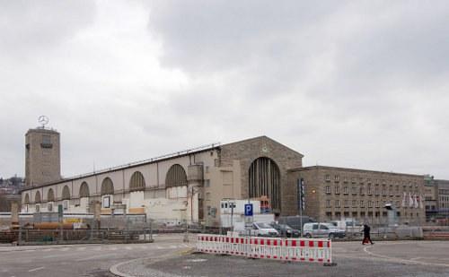 """S21-Gegner fordern: """"Raus aus der Grube - Projekt Zukunft in Stuttgart"""""""