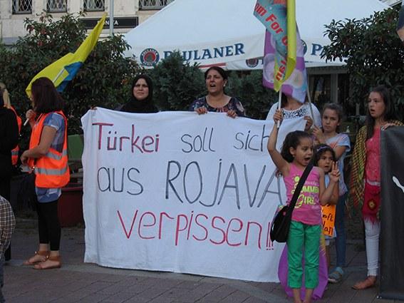 Bochum: MLPD auf kurdischer Demo herzlich begrüßt