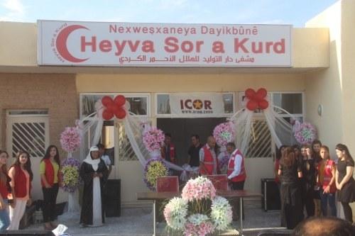 Von ICOR-Brigadisten erbautes Gesundheitszentrum in Kobanê feierlich eröffnet