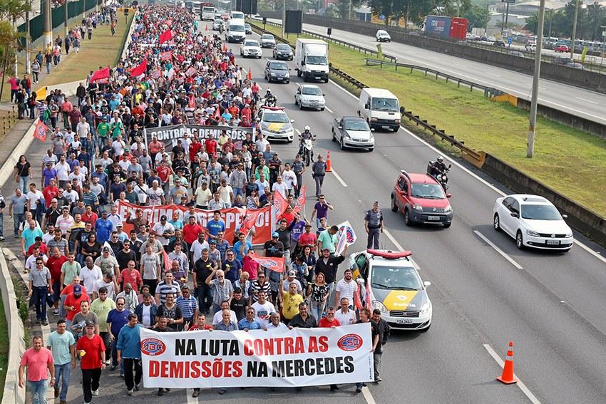 500 Kündigungen bei Mercedes Brasilien