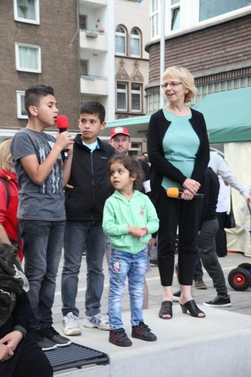 "Gelsenkirchen: 596. Montagsdemo ""Aktiv gegen Kinderarmut"""