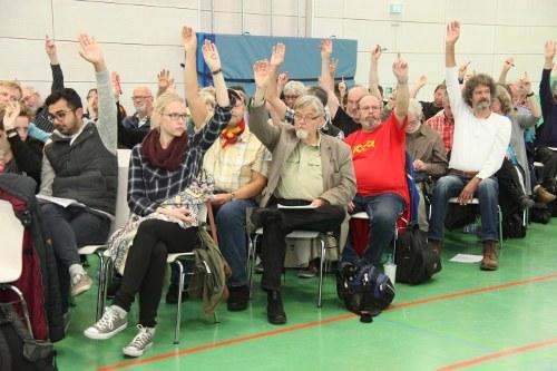 """Wahlkongress des """"Internationalistischen Bündnisses"""": """"Wir werden Vieles schaffen, was einzigartig und erstmalig in Deutschland ist"""""""